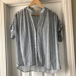 Cloth And Stone Blue White Patten Flowy Blouse XS